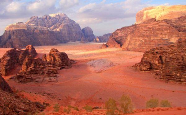 Group Tours to Wadi Rum Jordan
