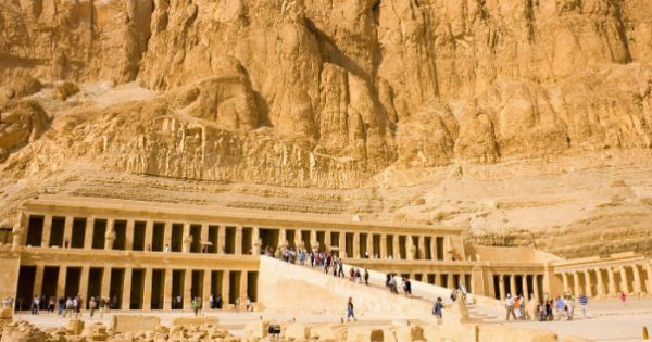 Hatshepsut Temple, Luxor Low Cost Tour, Egypt.