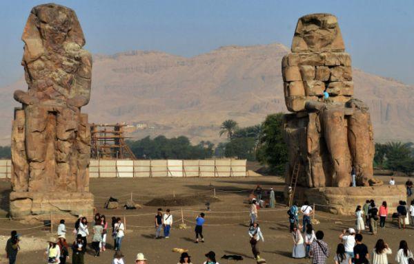 Colossi of Memnon, Cheap Luxor Tours, Egypt.