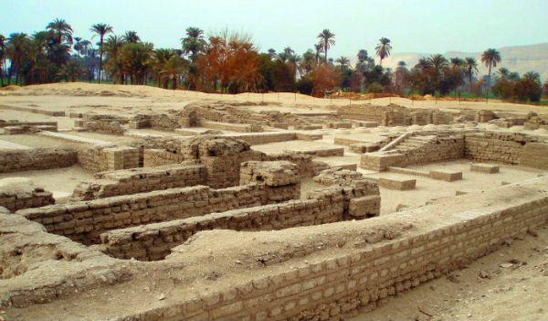 Tel Amarna, Al Minya Cheap Trip, Egypt.