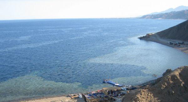 Blue Hole Budget Snorkeling, Ras Abu Galom, Dahab.
