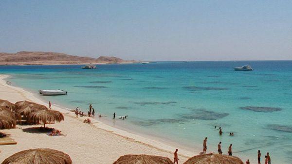 Sharm El Naga Budget Dives, Red Sea Beach.
