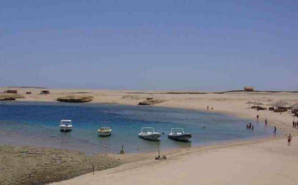 Sharm El Naga Cheap Snorkel, Red Sea Resort.