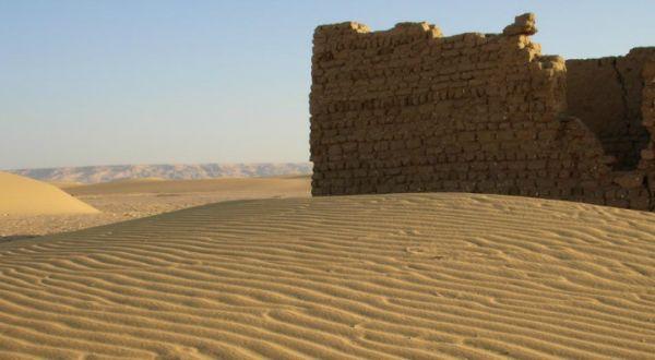 Egypt Western Discount Desert Adventure Tourists.