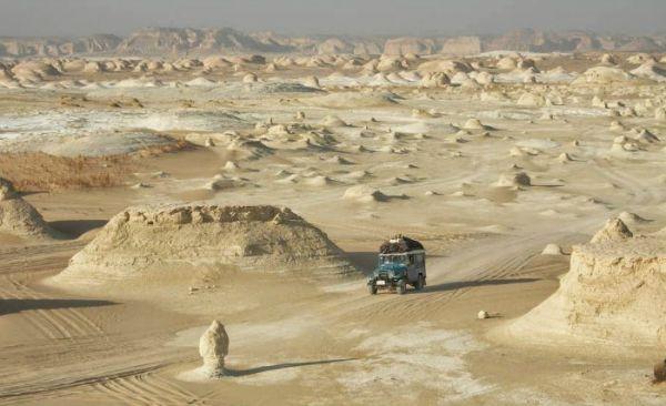 Sahara Great Desert Jeep Travelers.