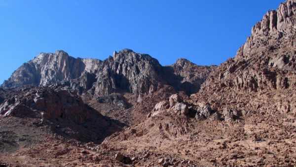 Sinai Colored Canyon Low Cost Safaris Tours