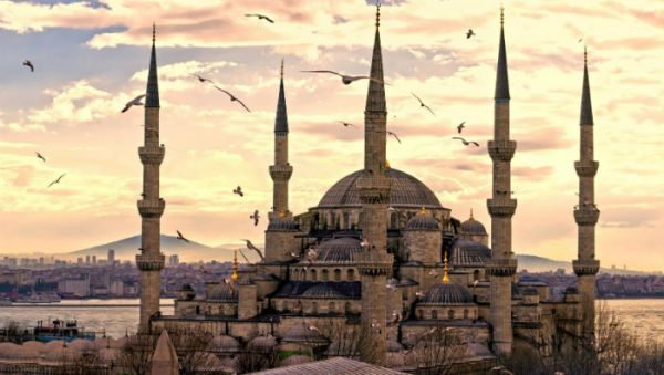 Low Cost Istanbul Holidays Plans