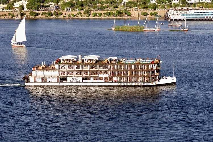 5 Days Movenpick Royal Lily Easter Nile Cruise