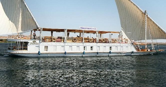 5 Night Princess Donia Dahabiya Boat