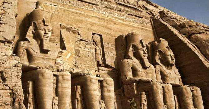 Abu Simbel Tour From Aswan By Car