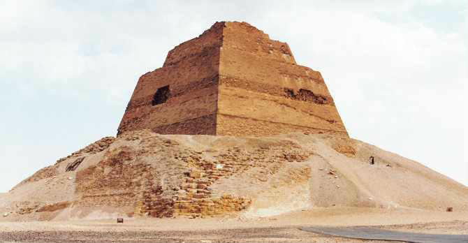 Al Fayoum Pyramids Day Tours From Cairo