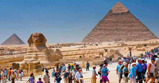 Giza Pyramids Tour From Dahab