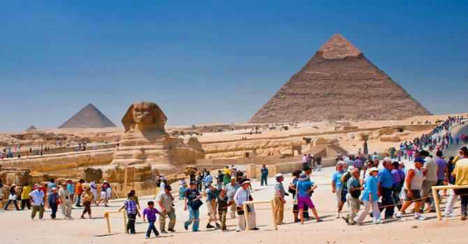 Tour to Giza Pyramids From Alexandria Port